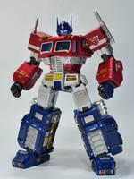 Transformers - Light-Up Optimus Prime - Alphamax