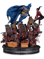 DC Comics - Batman VS. Harley Quinn Battle Statue