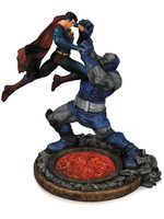 DC Comics - Superman vs. Darkseid Statue 2nd Edition