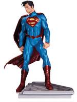 Superman - The Man Of Steel Statue - John Romita Jr.