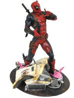 Marvel Gallery - Deadpool Taco Truck Statue - 25 cm