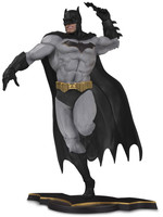 DC Core - Batman Statue Gray Variant Exclusive