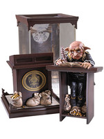 Harry Potter - Magical Creatures Gringotts Goblin - 19 cm