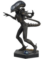 The Alien & Predator Figurine Collection - Xenomorph