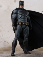 Justice League - Batman - S.H. Figuarts