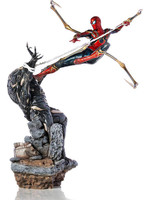 Avengers: Endgame - Iron Spider vs Outrider BDS Art Scale