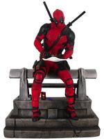 Marvel Movie Premier Collection - Deadpool Statue