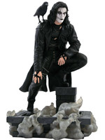 The Crow Movie Gallery - Eric Draven on Rooftop